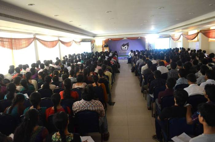 The crowd of 600 @ CrazyHacking2k13 Vizag by Ankit Fadia